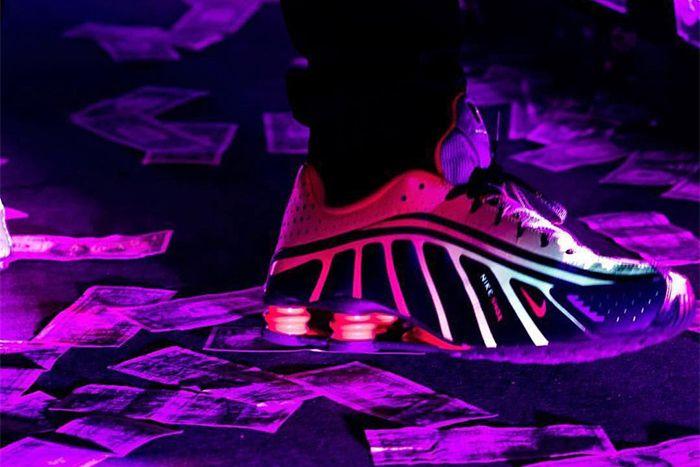 Neymar Nike Shox R4 Closer Look Release Date Drake Las Vegas Concert