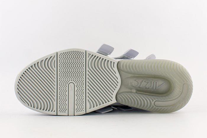 Nike Air Edge 270 Aq8764 002 Sole Shot 2