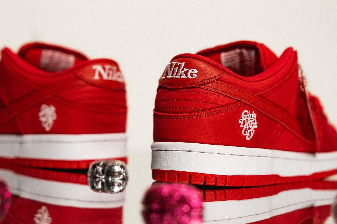 Girls Dont Cry Nike Sb Dunk 7