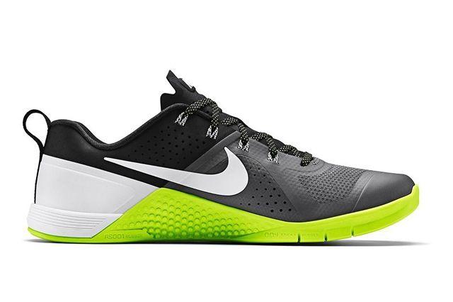 Nike Metcon 1 Dark Grey Volt 3