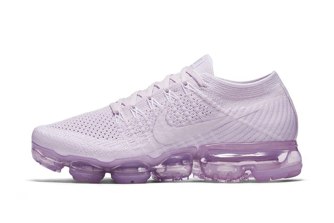 Nike Wmns Air Vapor Max Flyknit Light Violet 1