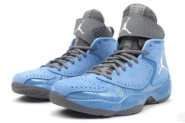 Air Jordan 2012 University Blue 1 1