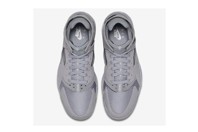 Nike Huarache Flight Grey Croc 1