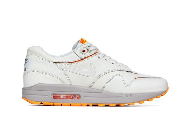 Nike Air Max 1 Cut Out Atomic Mango 1