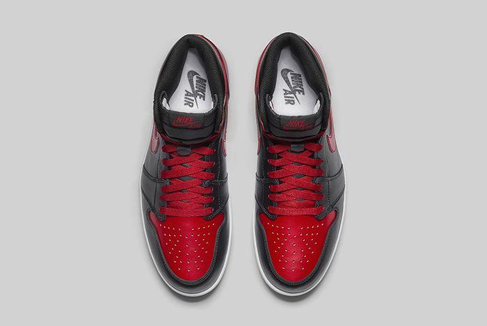 Air Jordan 1 5 Bred10