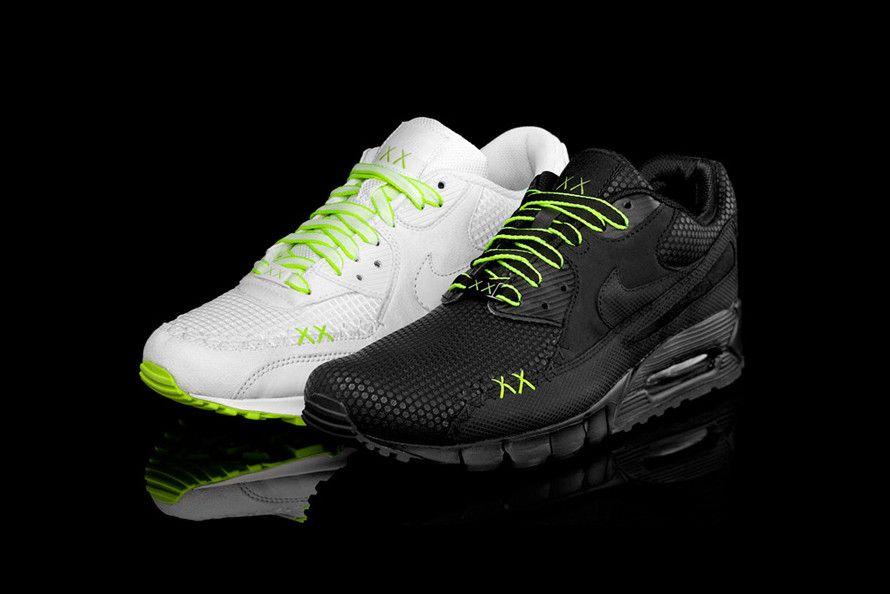 KAWS x Nike Air Max 90