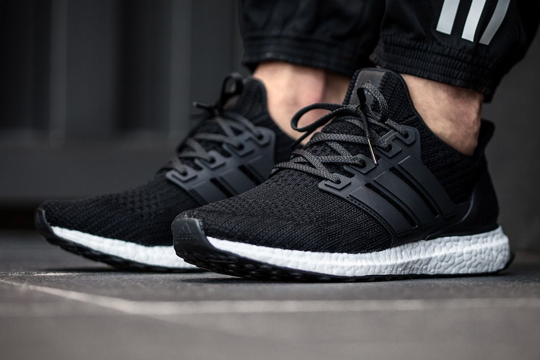 Ultraboost Blk Bb6166 1