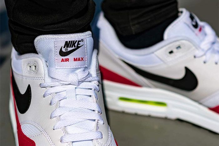 Nike Air Max 1 Volt Rush Pink Heel