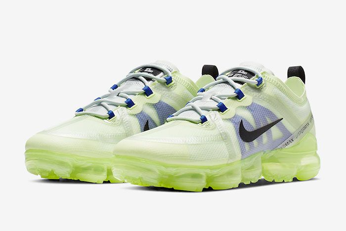 Nike Air Vapormax 2019 Barely Volt Ar6631 702 Front Angle Shot 1