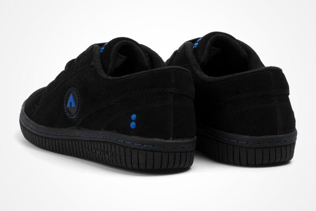 Colette X Nike Air Walk 2