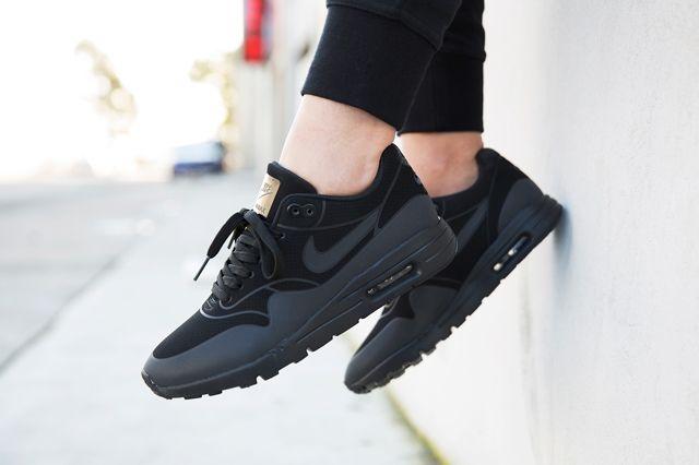 Nike Am1 Ultra Black 3M Hypedc 21