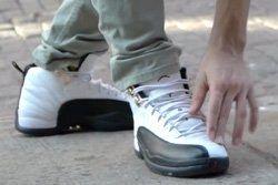 Thumb Sneaker Etiquette 11