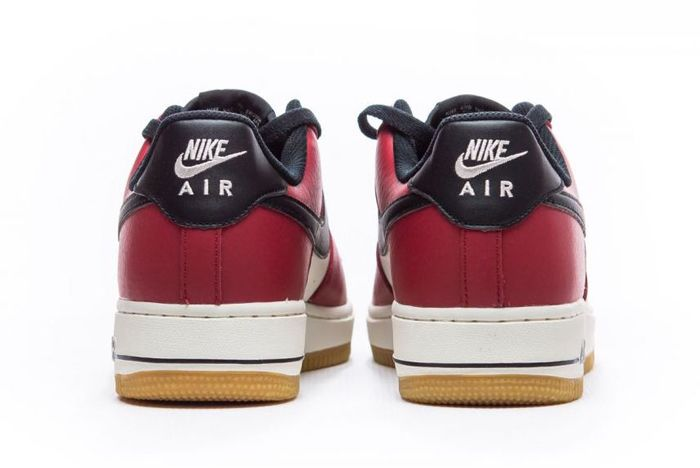 Nike Air Force 1 Low Chicago 3