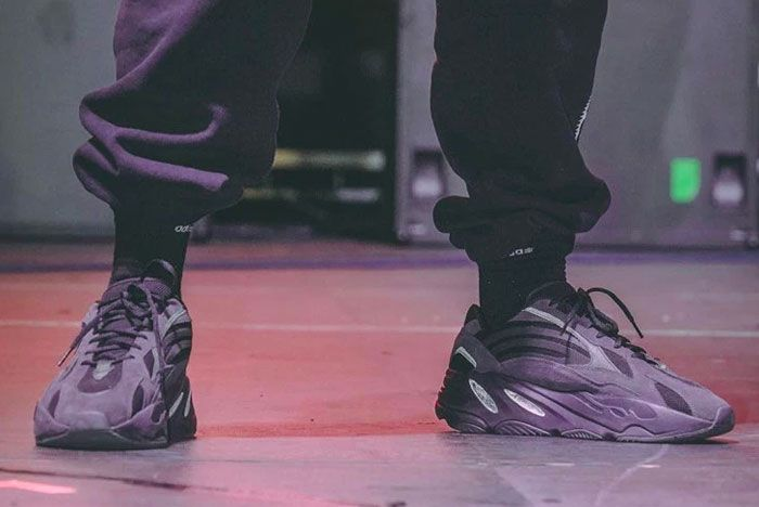 Kanye West Yeezy Boost 700 V2 Triple Black Release
