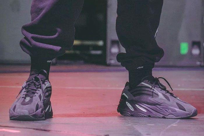 Kanye West Yeezy Boost 700 V2 Triple Black Release