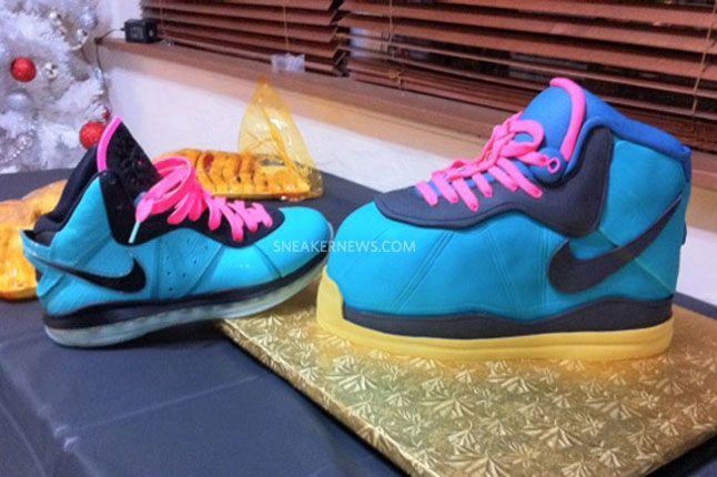 Sneaker Freaker Sneaker Cakes Nike Lebron 8 South Beach 01 1