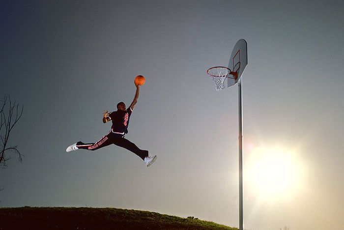 Jordan Dunking Rentmeester Main Shot