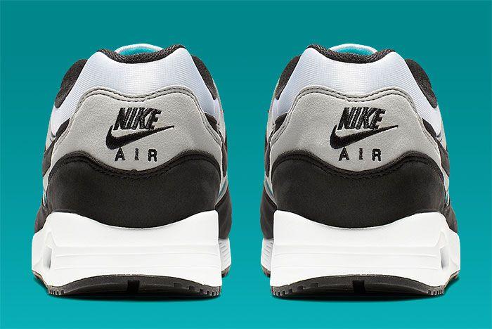 Nike Air Max Light Teal Heel Shot