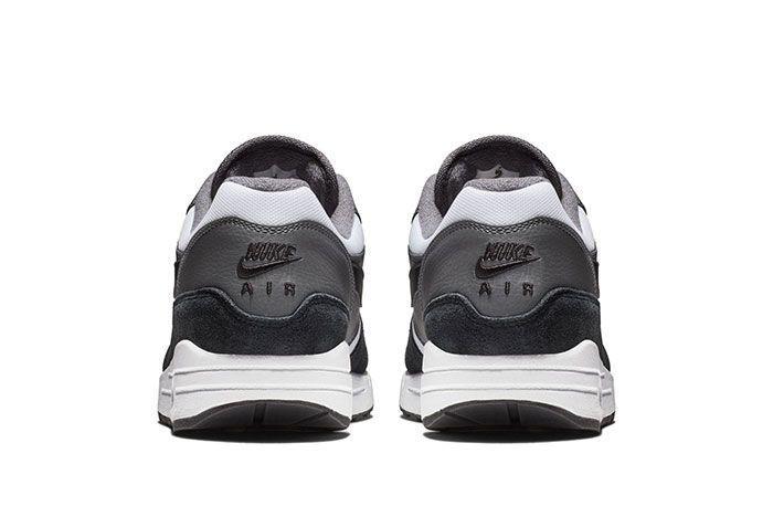 Nike Am1 Black White Sneaker Freaker3