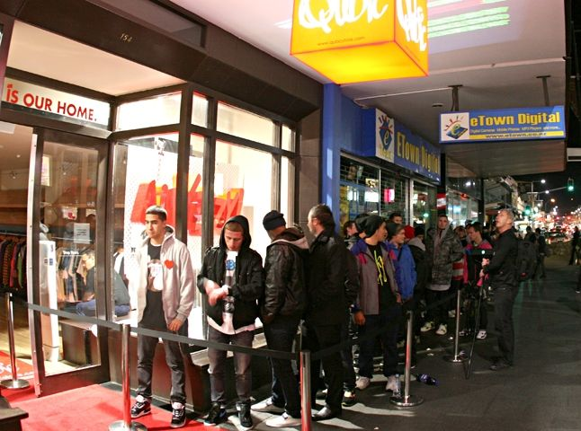 Nz Yeezy Launch 8