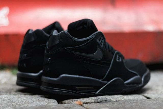 Nike Air Flight 89 Triple Black 2