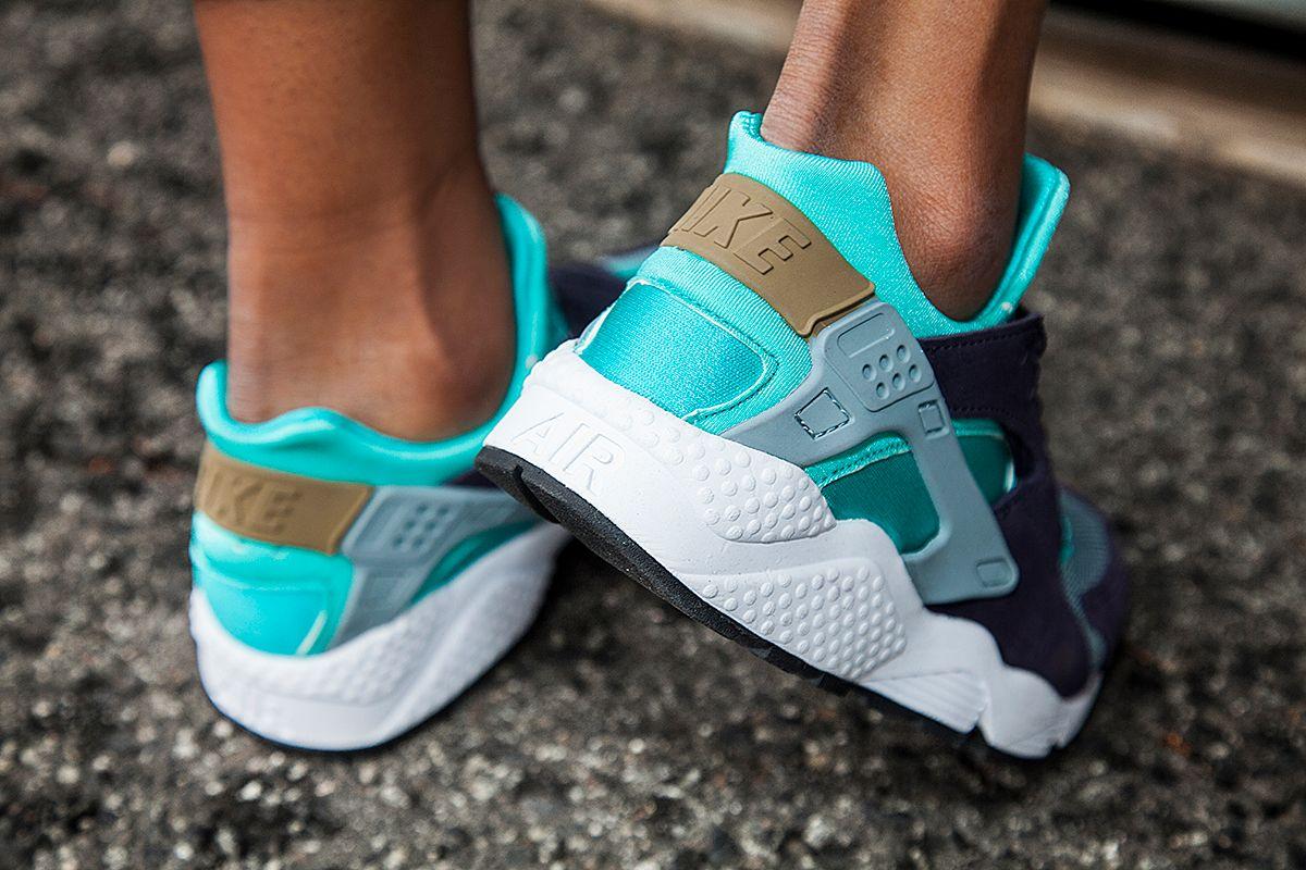 Nike Air Huarache Purple Teal 2