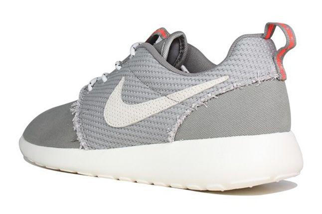 Nike Roshe Run Canvas Sail Charcoal Heel Quarter 1