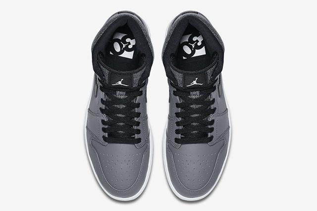 Air Jordan 1 Rare Air 4