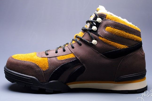 Marvel Sabretooth Reebok Night Sky Mid 5 1