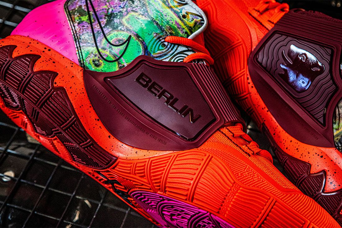 Nike Kyrie 6 Berlin Close Up