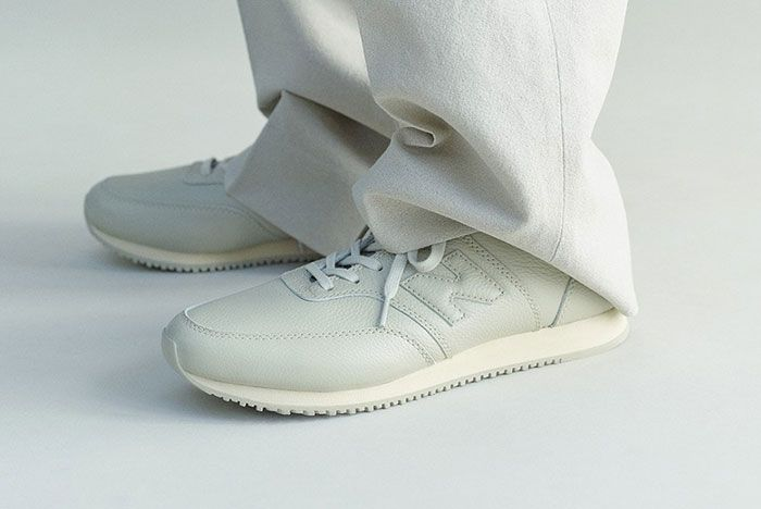 Auralee New Balance Comp100 White On Foot