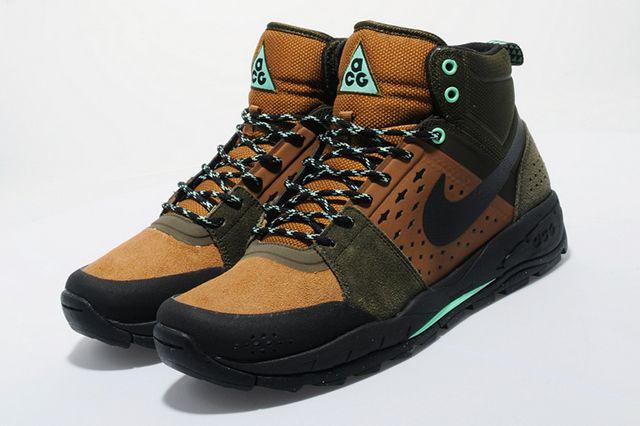 Nike Acg Off Mountain Series 5