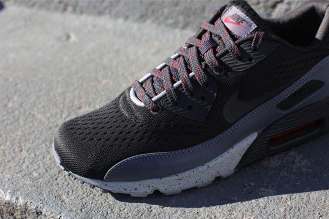 Nike Air Max 90 Em Tianjin Toe Detail 1