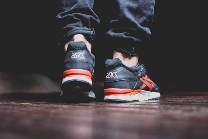 Asics Gel Lyte V Black Chilli 6