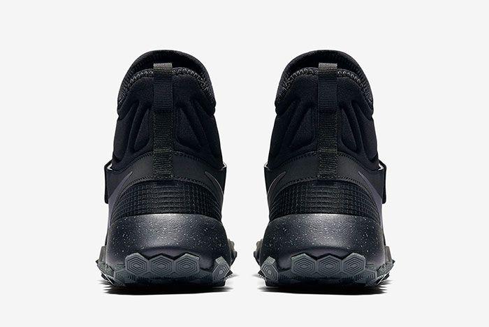 Nike Roshe Mid Winter Stamina 13