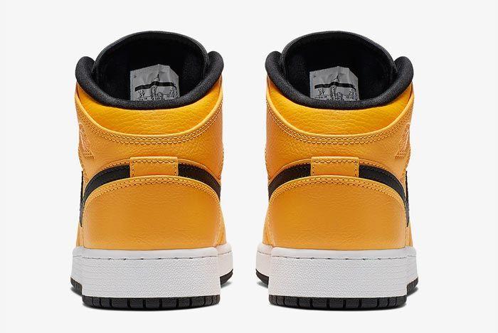 Air Jordan 1 Taxi Heels