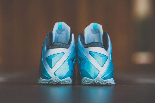 Nike Lebron 11 Gamma Blue Bump 4