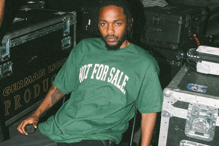 Kendrick Lamar Sitting Green Shirt Mid