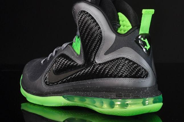Nike Le Bron 9 Dunkman 05 1