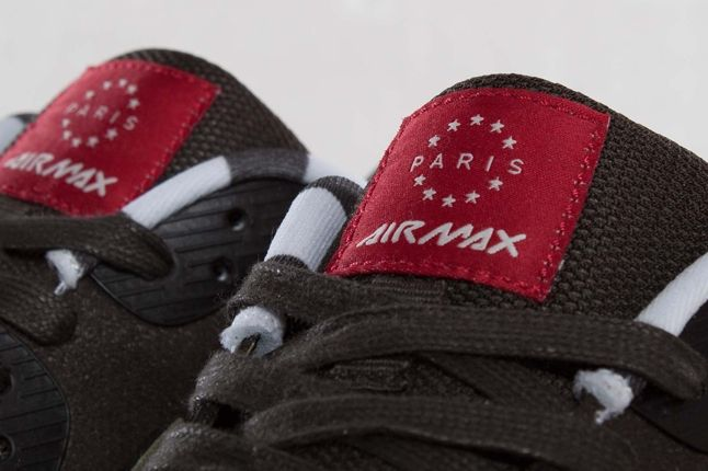 Nike Air Max 90 Paris City Tongue Detail 1