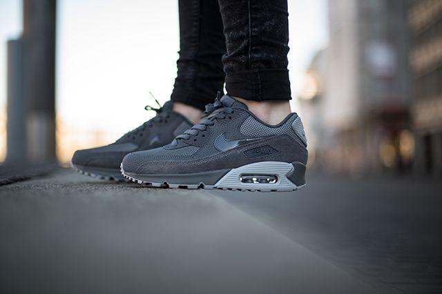 Nike Air Max 90 Wolf Grey Grey 4