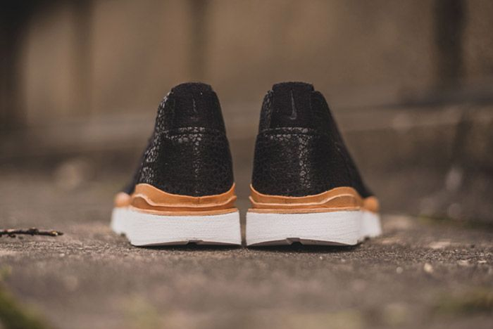 Nike Air Safari Royal Black 2