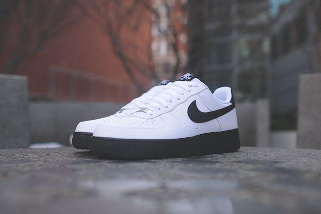 Nike Air Force 1 Low White Black 6