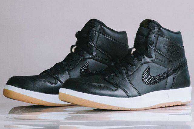 Air Jordan 1 5 The Return1