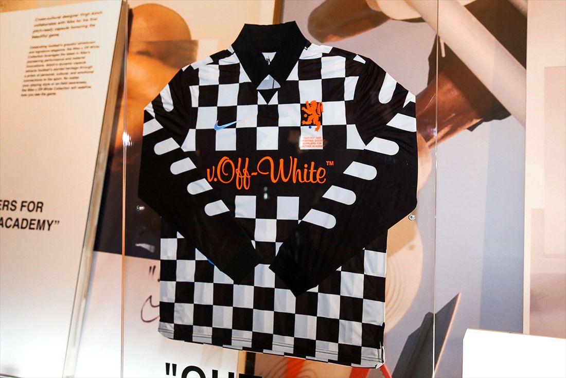 Off White Nike Vapormax Mercurial Orange 2