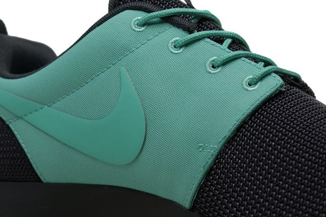 Nike Roshe Run 2Face Teal Swoosh 1