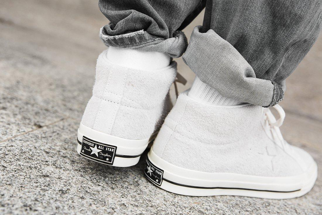 Converse One Star Mid 4
