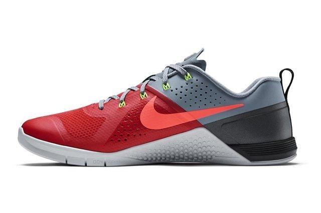 Nike Metcon 1 Daring Red 3