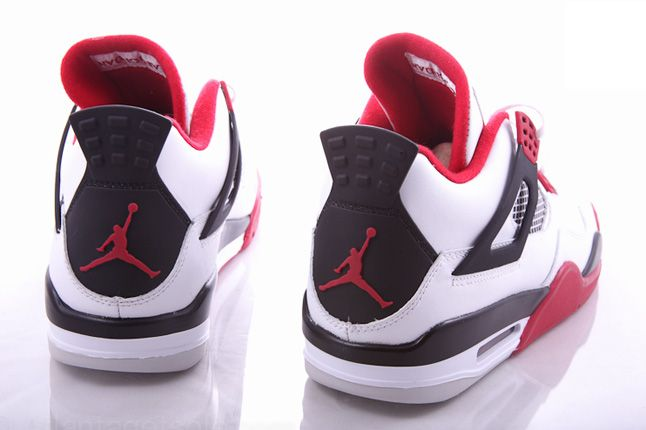 Air Jordan 4 Fire Red 07 1