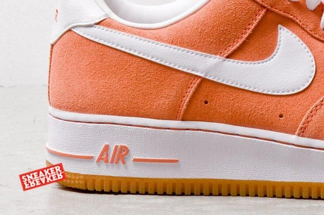 Nike Air Force 1 Low Suede Salmon Heel Detail